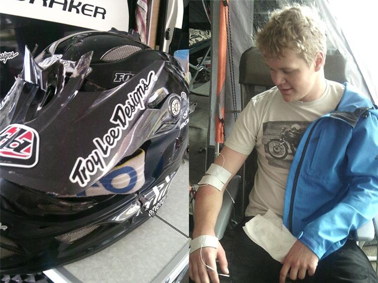 Eric Junker IK-Pictures bei seiner Behandlung, links der zerstörte Helm