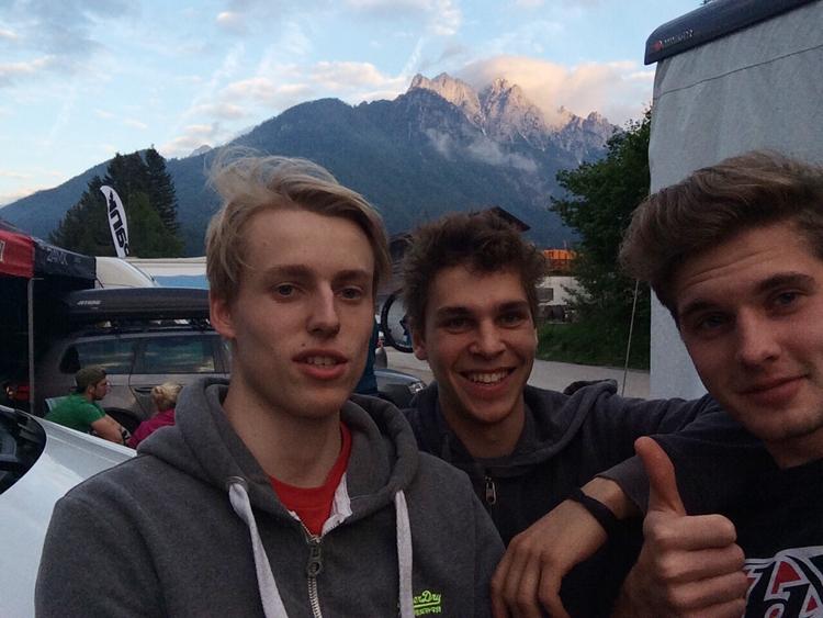 Glückliche Gesichter nach der Qualifikation…Selfi-Time