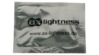 AX Lightness Leaf Plus 3K karbon nyereg 3K-karbon/bőr cyan (bis-100kg-vezetősúly)