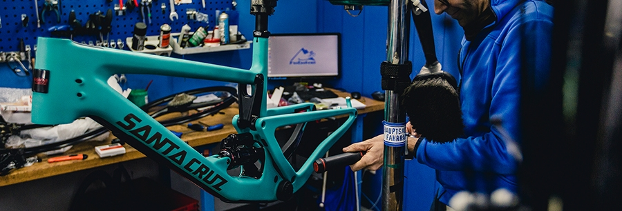 Rahmen: Eine große Auswahl an Fahrradrahmen von Mountainbike bis Rennrad.