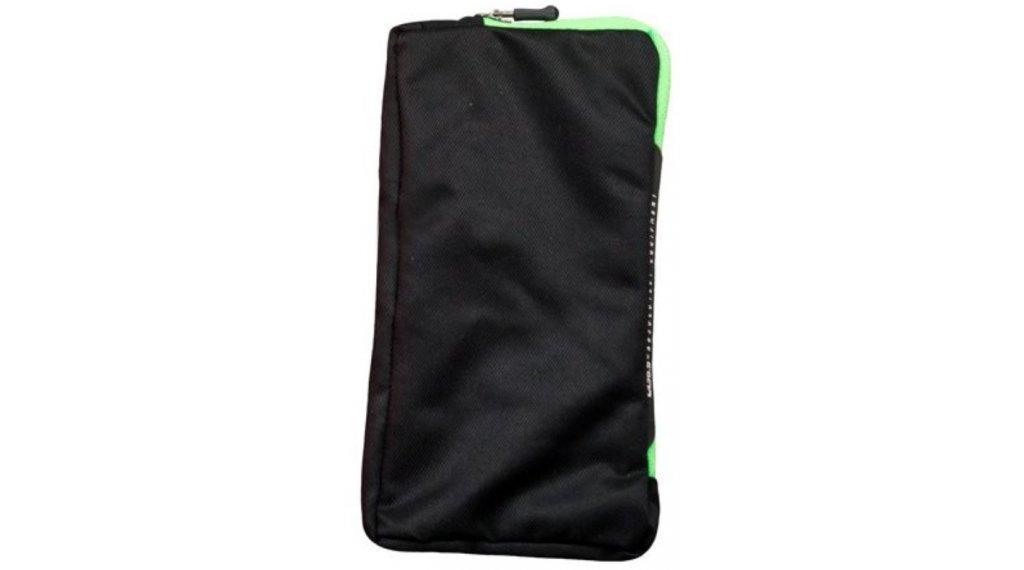 Q36.5 Smart-Protector Plus Smartphonetasche black/green