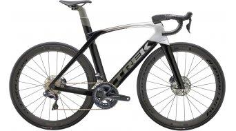 """Trek Madone SLR 7 Disc 28"""" országúti komplett kerékpár black/ezüst-grey fade Mod. 2020"""