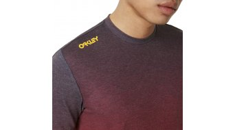 Oakley Iridium Fade T-Shirt kurzarm Herren Gr. M astral aura